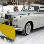 David Coulthard's celeb snow plough- CREDIT @therealdcf1