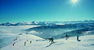 Families skip school to ski