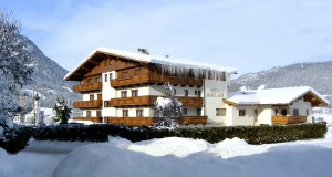 Four can win a family holiday in the Skiwelt