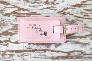 we-are-travel-girls-pink-luggage-tag-27-1-500x334