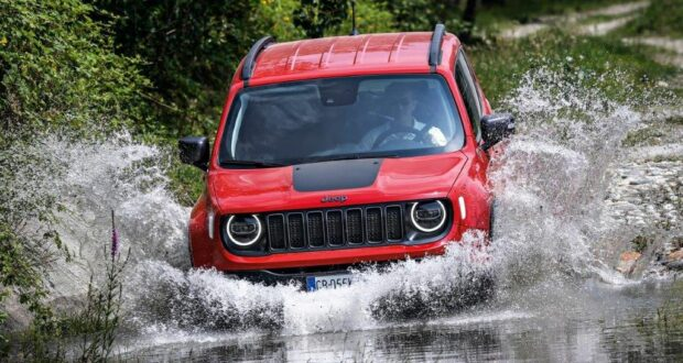 Jeep Renegade… doing what Jeeps do